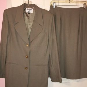 Kasper 2 pc Career Skirt Suit Sz 8